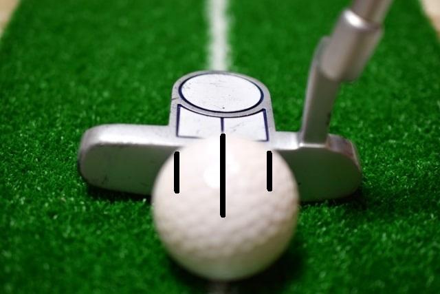 ゴルフボールにラインを書く